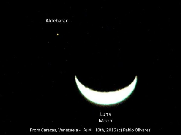 Pablo Olivares caught the moon and Aldebaran from Caracas, Venezuela.