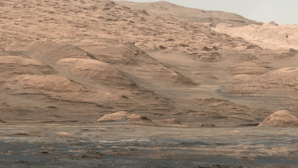 View larger.   The lower flank of Mount Sharp, a sedimentary mound inside Gale Crater on Mars. Image via NASA/JPL-Caltech/MSSS.