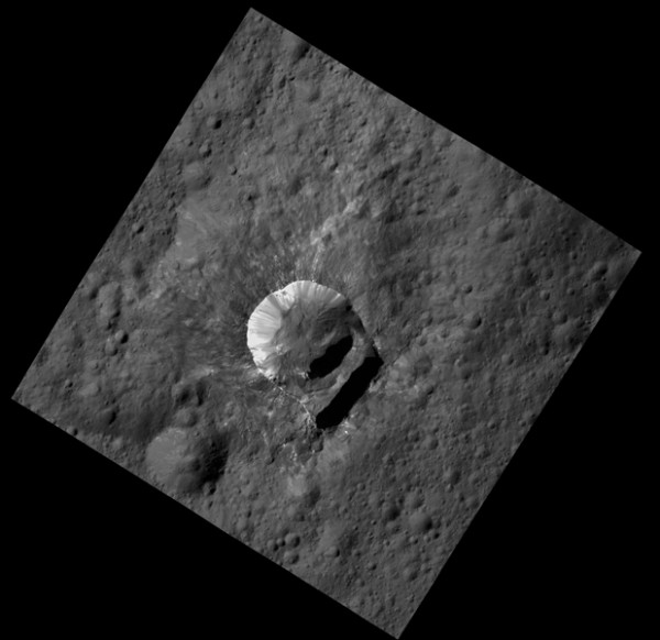 The 6-mile-wide (10-kilometer-wide) crater named Oxo Crater is the second-brightest feature on Ceres. Only Occator's central area is brighter. Oxo lies near the 0 degree meridian that defines the edge of many Ceres maps, making this small feature easy to overlook. NASA Dawn spacecraft took this image in its low-altitude mapping orbit, at a distance of 240 miles (385 kilometers) from the surface of Ceres. Oxo is also unique because of the relatively large