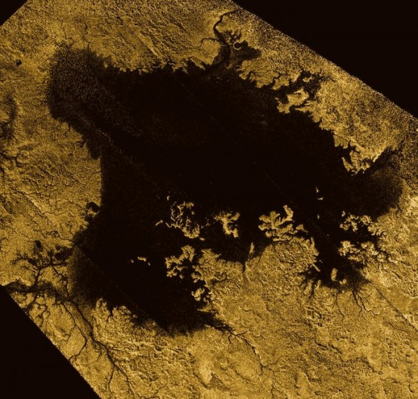 Ligeia Mare, shown here in a false-colour image from the international Cassini mission, is the second largest known body of liquid on Saturn's moon Titan. It measures roughly 420 km x 350 km and its shorelines extend for over 3,000 km. It is filled with liquid methane.  Read more about this image, which is via the Cassini spacecraft.