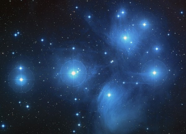 A color-composite image of the Pleiades from the Digitized Sky Survey. Image credit: NASA/ESA/AURA/Caltech
