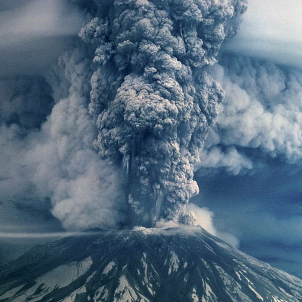 Mount St. Helens 1980 eruption as viewed from the air. Read more about this photo from www.oregonlive.com