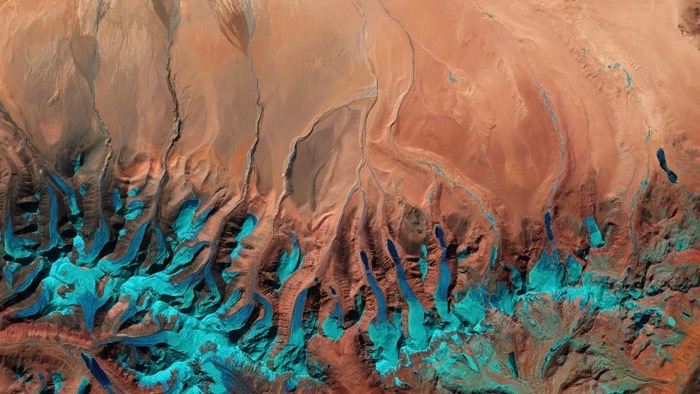 The southern-central edge of the Tibetan Plateau near the border with western Nepal and the Indian state of Sikkim is pictured in this Sentinel-2A image from 1 February 2016. Image via ESA.