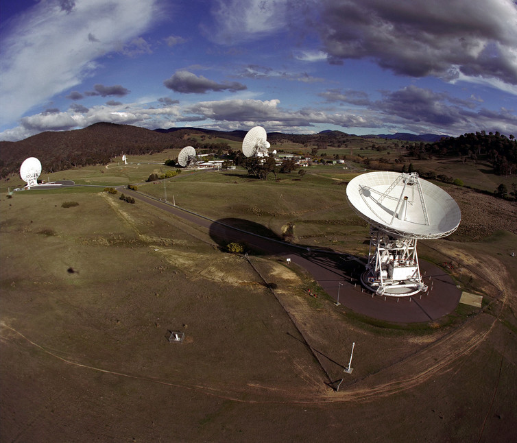 The Canberra Deep Space Communications Complex in Australia is part of NASA's Deep Space Network, receiving and sending radio signals to and from spacecraft. Image via Jet Propulsion Laboratory