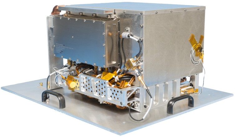 The DSAC Demonstration Unit (shown mounted on a plate for easy transportation). Image via Jet Propulsion Laboratory