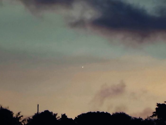 Going ... Venus setting behind the sun on June 28, 2016, by Helio C. Vital.