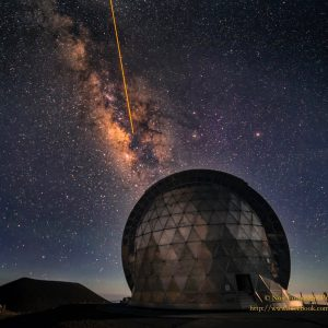 observatory-laser-Caltech-Submillimeter-Telescope-Night-Sky-Photography-sq