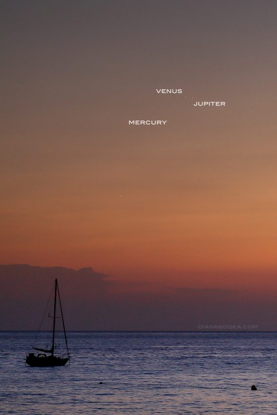 Mercury was up there, too. This image of the conjunction is from Diana Bodea in Ibiza, Spain.