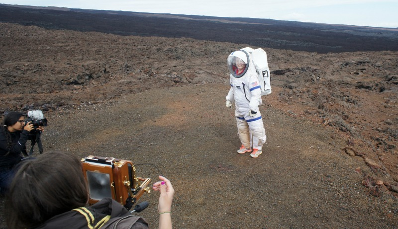 he HI-SEAS mission gives people a chance to practise on Earth what life would be like on Mars. A crew member here from the 2015 mission.  Image via Flickr/University of Hawaii/HI-SEAS