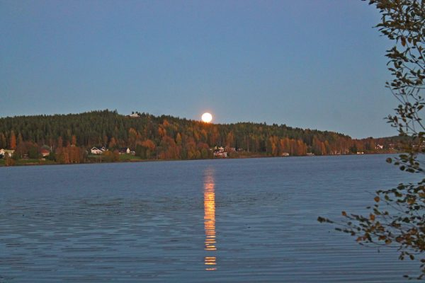 Birgit Bodén? in Sweden caught this beautiful reflection, as the September 16 Harvest Moon rose.