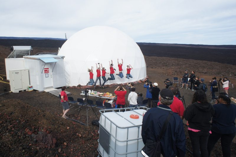 The crew from Mission 3 after they emerged from the dome in 2015. Image via Flickr/University of Hawaii/HI-SEAS