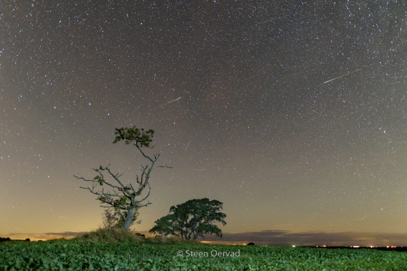 Six-shot composite image of Draconid meteor shower - October 7, 2016 - by Steen Oervad of Denmark.