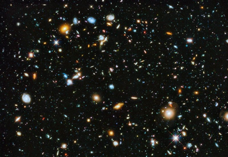 Hubble Ultra Deep Field 2014. Image via NASA, ESA, H.Teplitz and M.Rafelski (IPAC/Caltech),  A. Koekemoer (STScI), R. Windhorst(ASU), Z. Levay (STScI)