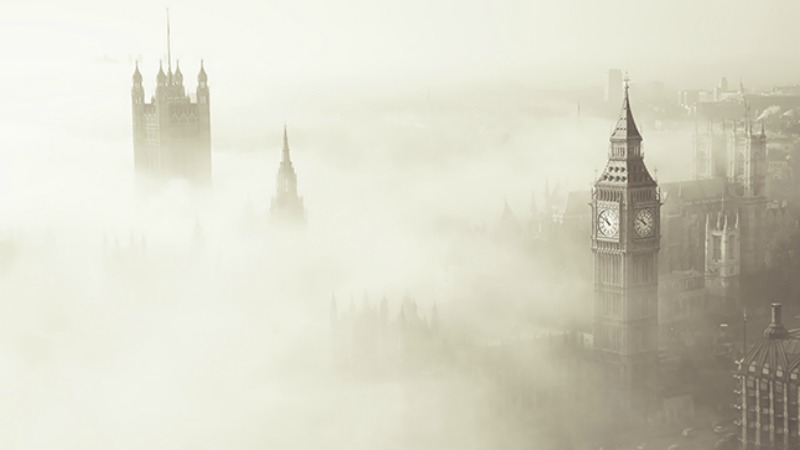 A fog blanketed London in December 1952, killing as many as 12,000 people and puzzling researchers for decades. Image via Texas A&M University.
