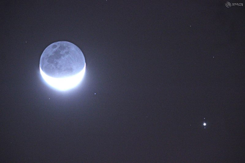 Chander Devgun in New Delhi, India contributed this wonderful shot of the moon and Jupiter on November 25. Notice Jupiter's moons!