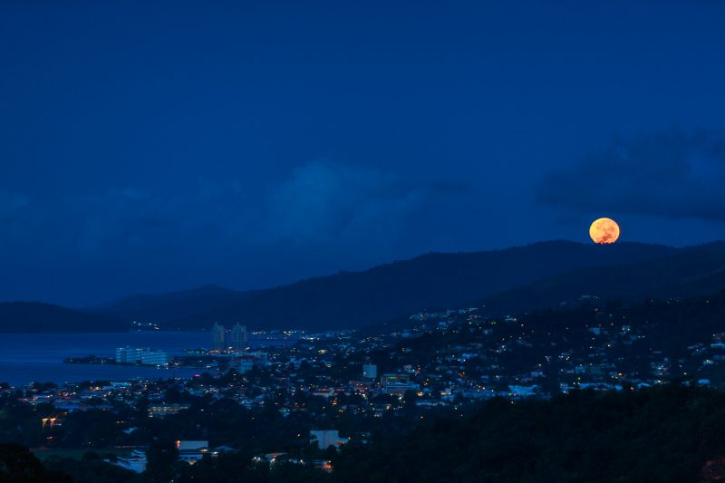Supermoon setting over Port of Spain, Trinidad and Tobago. Monday morning, November 14, 2016. Photo by Quinten Questel.
