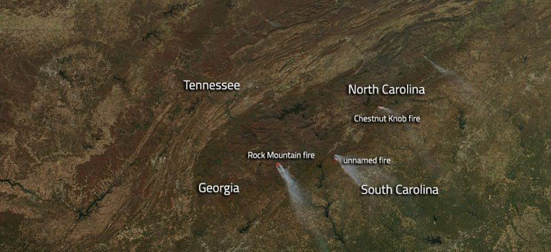 Southeastern US Wildfires Still Blazing Earth EarthSky - Wildfires map in southeastern us