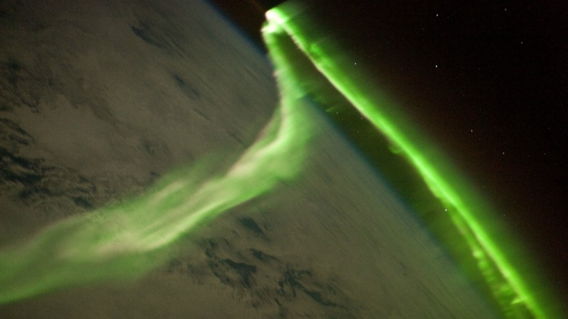 Magnetic pole reversal ahead? Magnetic-field