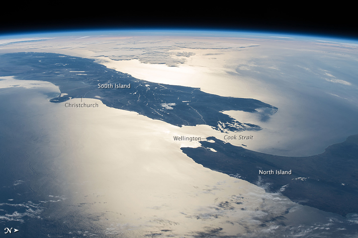 Scientists spy 8th continent Zealandia Earth EarthSky