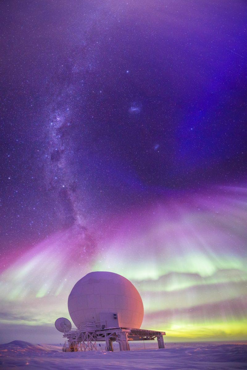 auroras over the south pole earth earthsky