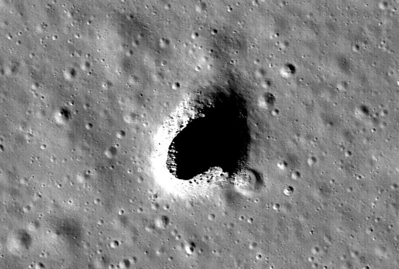 A potential human habitat on the moon?