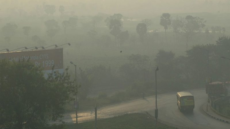 Study untangles role of pollution, smoke on thunderclouds