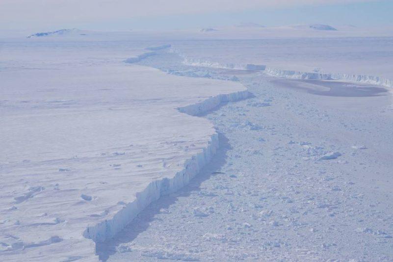 massive crack in antarctica 2018