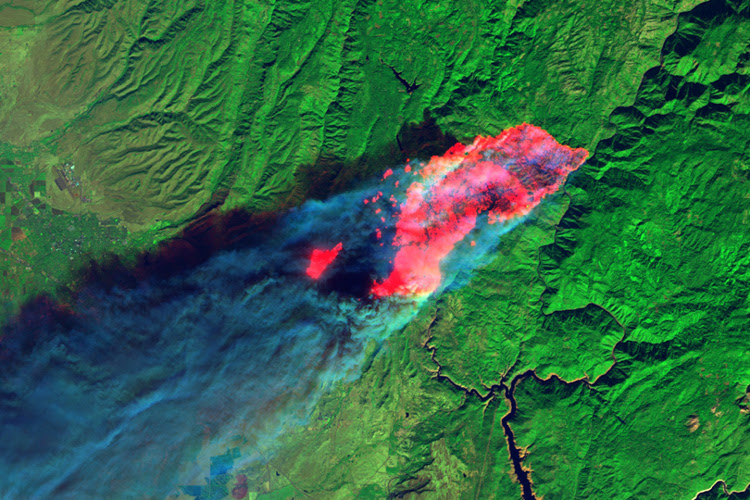 View from space: Camp Fire burns through Paradise