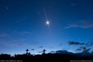 Amazing photo of a meteor streaking right in front of Venus