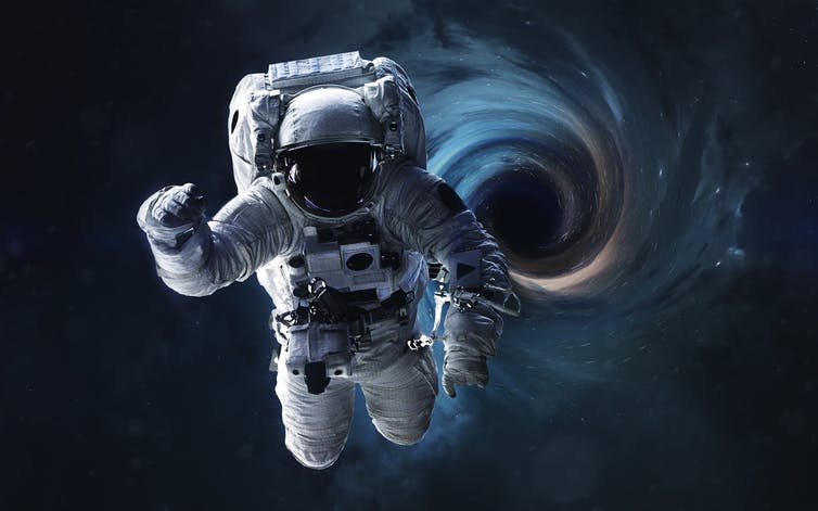astronaut plugs hole in space station - photo #40