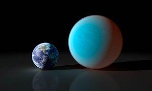 Super-Earth 55 Cancri e size comparison with Earth.