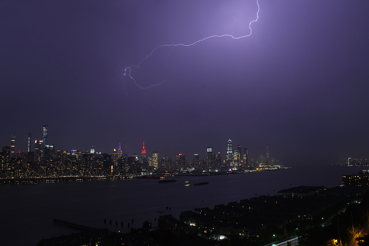 Lightning New York City May 28 2019 Today S Image Earthsky