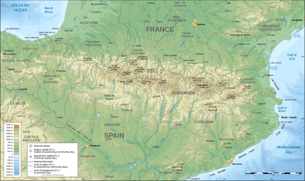 Map of southern France and northern Spain with wide east-west stripe of mountains.