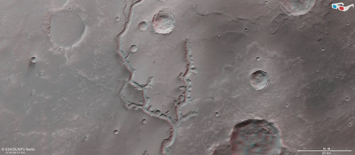 Gray image of river area for viewing through red and blue glasses.