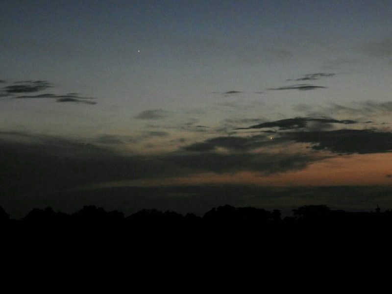 Mercury and Venus adorning the twilight dusk from El Salvador, Cebtral America.