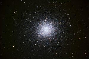 A ball of stars: globular cluster M13