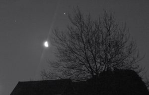 Moon and 2 planets before sunup on April 15.