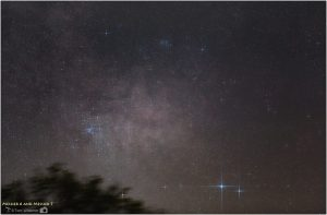 A photo showing the stars Shaula and Lesath with the star clusters M6 and M7 nearby.