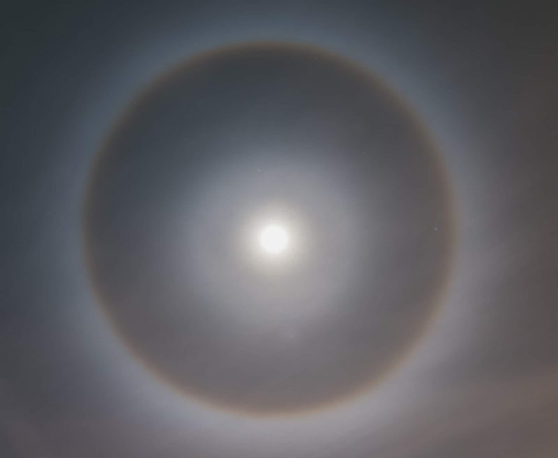 A bright ring around a full moon.