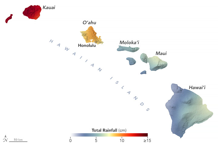 Map of Hawaiian Islands shading from dark red (Kauai) to pale green (Big Island) for different amounts of rainfall.