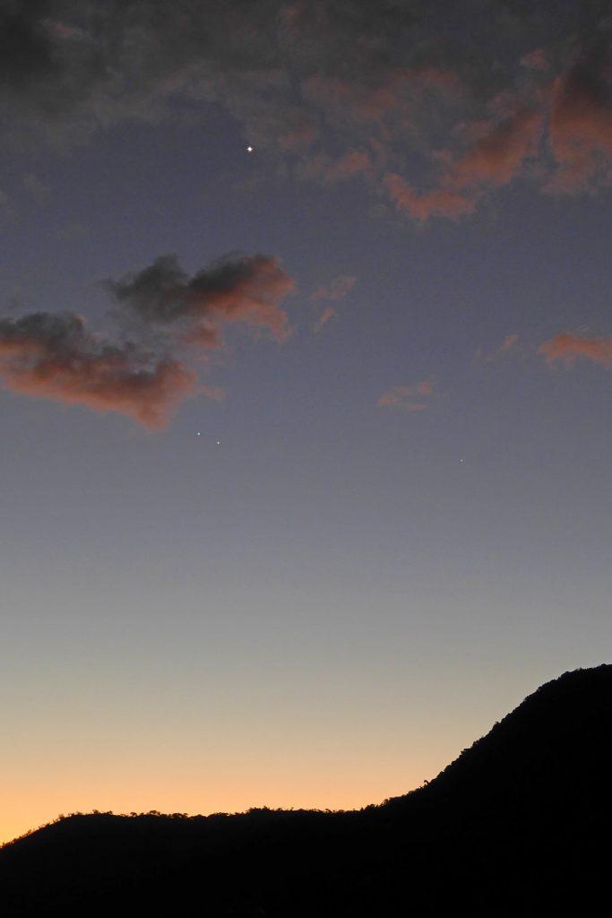 Mars-Regulus conjunction below Venus