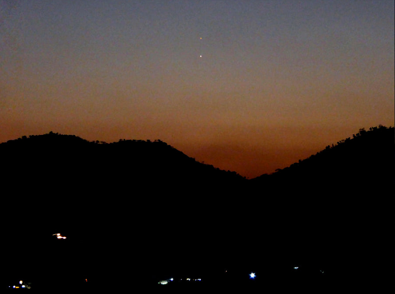Mercury and Mars close together at dusk August 18, 2021.